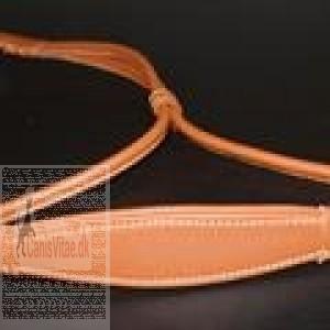 Udstillingsline i læder-31