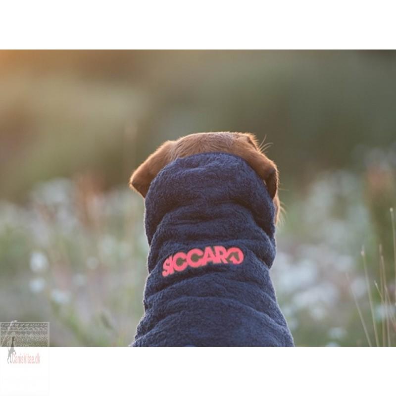 SiccaroSupremePrograniteFRA-03